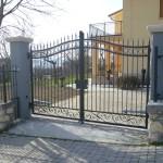 Cancello in ferro a disegno semplice