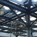 Struttura in ferro per alloggiamento vetri per copertura