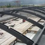 Struttura in ferro per alloggiamento plexiglass